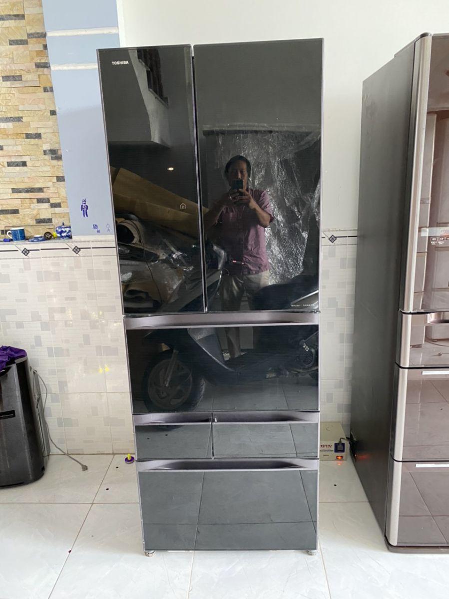 Tủ lạnh Toshiba 6 cánh GR-F56FXV (ZT) 2012